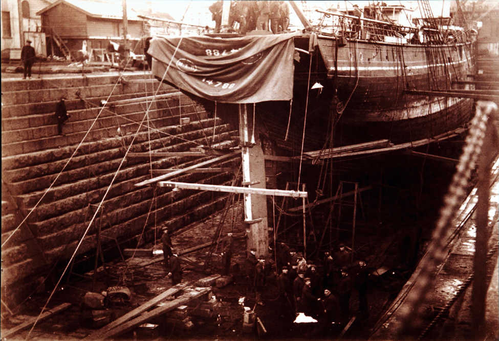 Photographs (copies). The <i>Aurora</i> in the Port Chalmers dock. Photographer: David Alexander De Maus, 14 September 1916; two of two.