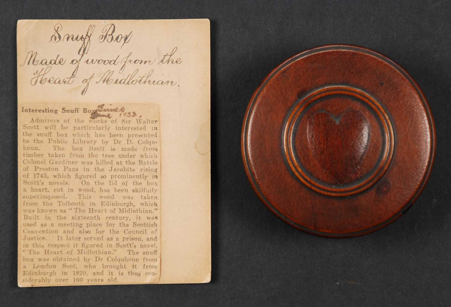 Snuff box, after 1818, with 1933 newspaper excerpt