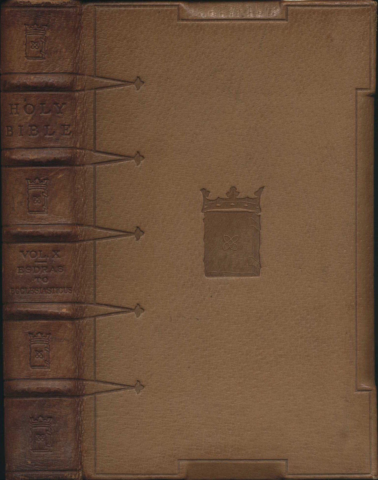 The Holy Bible containing the Old and New Testaments and the Apocrypha. Edition de luxe. London: Grolier Society, 1907. Fourteen volumes; Vol. 10 displayed.